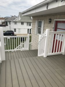 Two levels of porches